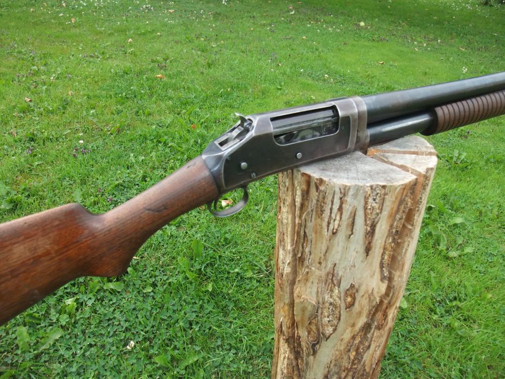 Winchester 1897 004.JPG