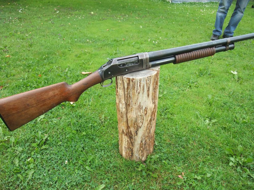 Winchester 1897 011.JPG